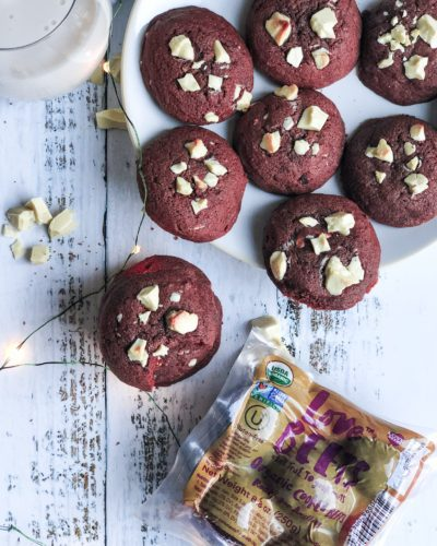 Healthy Red Velvet Cookies topped with organic white chocolate chunks for the most delicious and soft holiday cookie! Made without any funky dyes, they're perfect for a cookie exchangeor Santa!