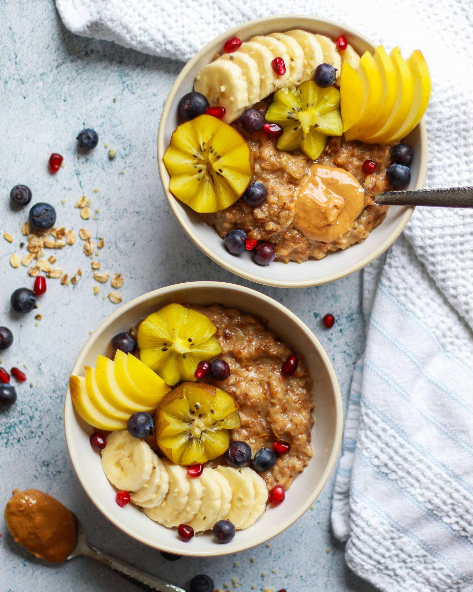 This easy oatmeal recipe is healthy, vegan, gluten-free and delicious! It's so cozy and the perfect easy breakfast for a chilly morning.