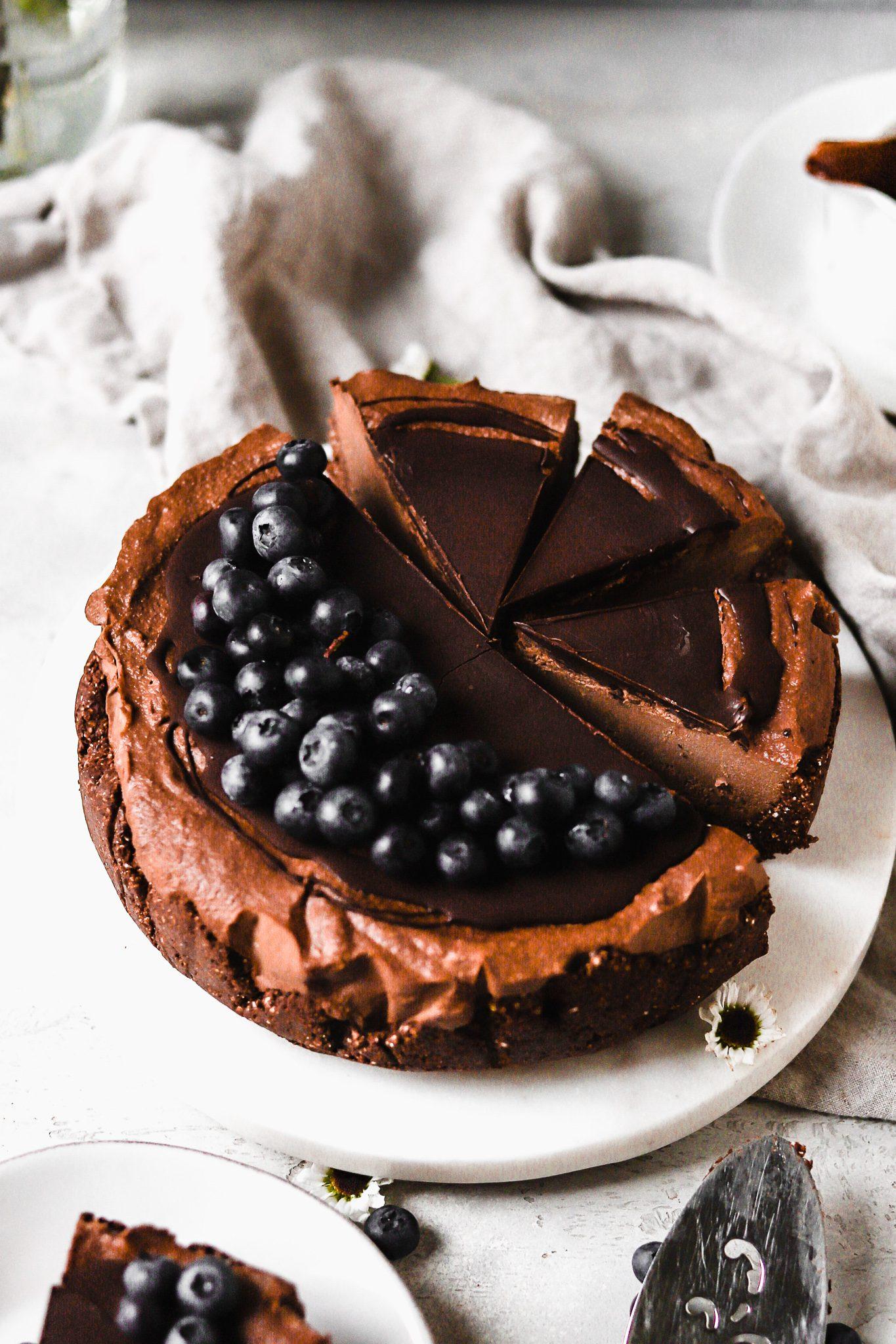 Easy Vegan Chocolate Cheesecake {Gluten Free}