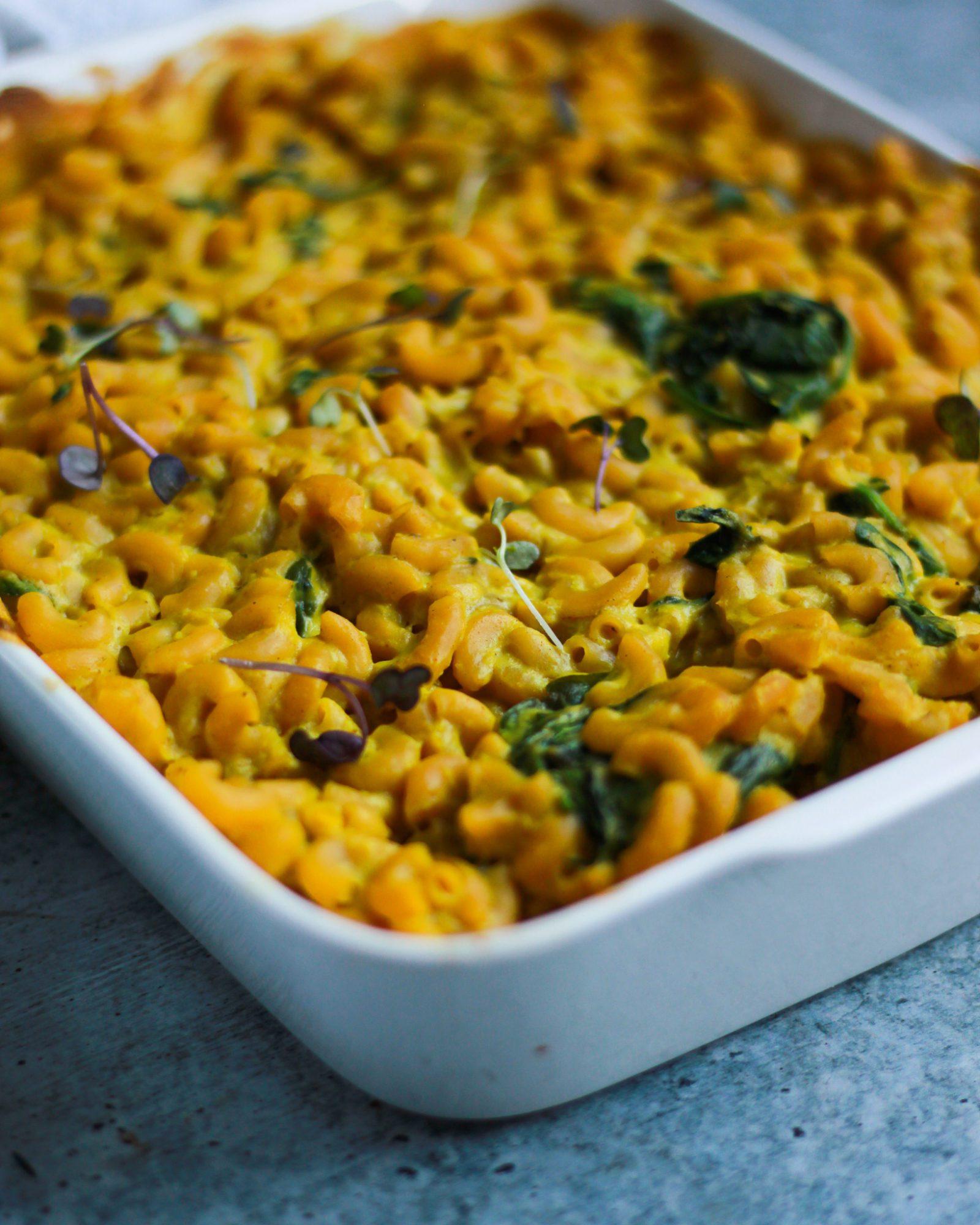 up close shot of baked vegan macaroni and cheese
