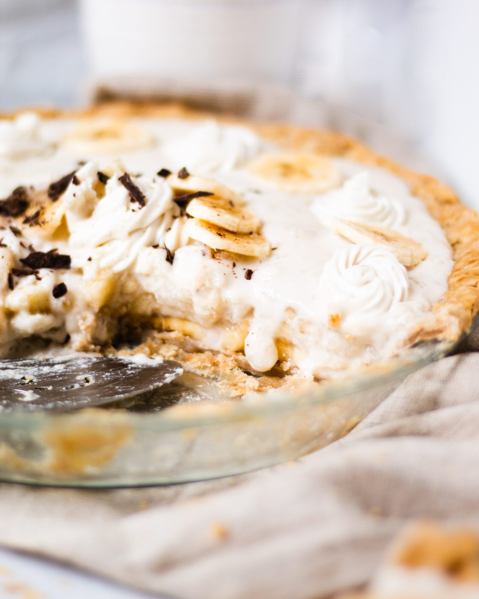 pie dripping with vanilla pudding