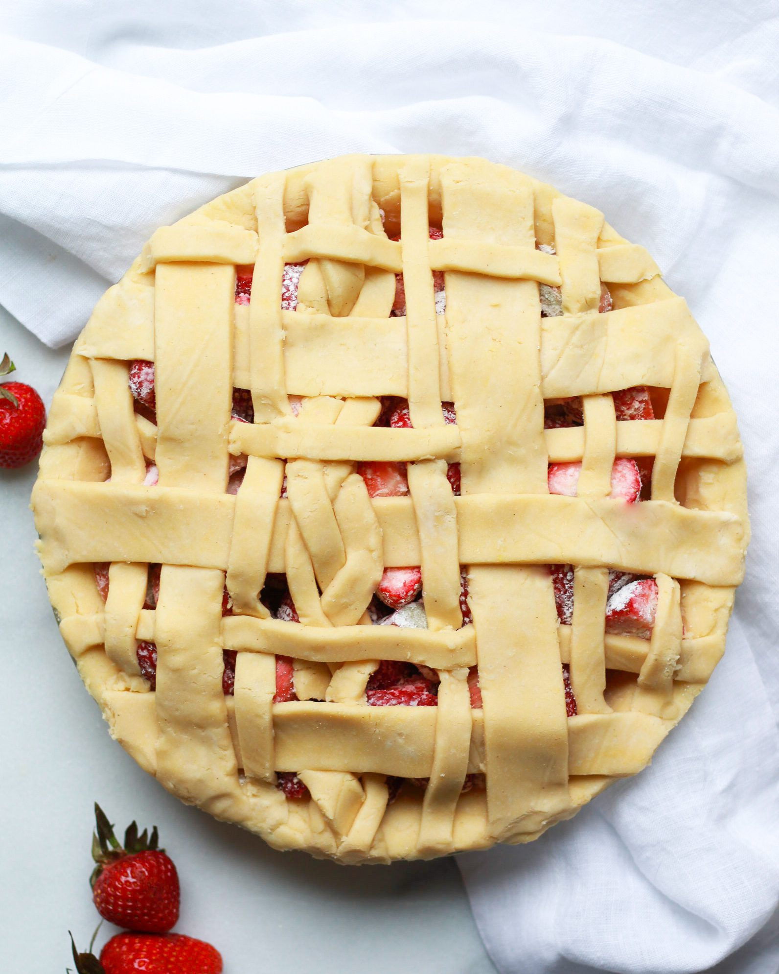 paleo strawberry rhubarb pie before it's baked