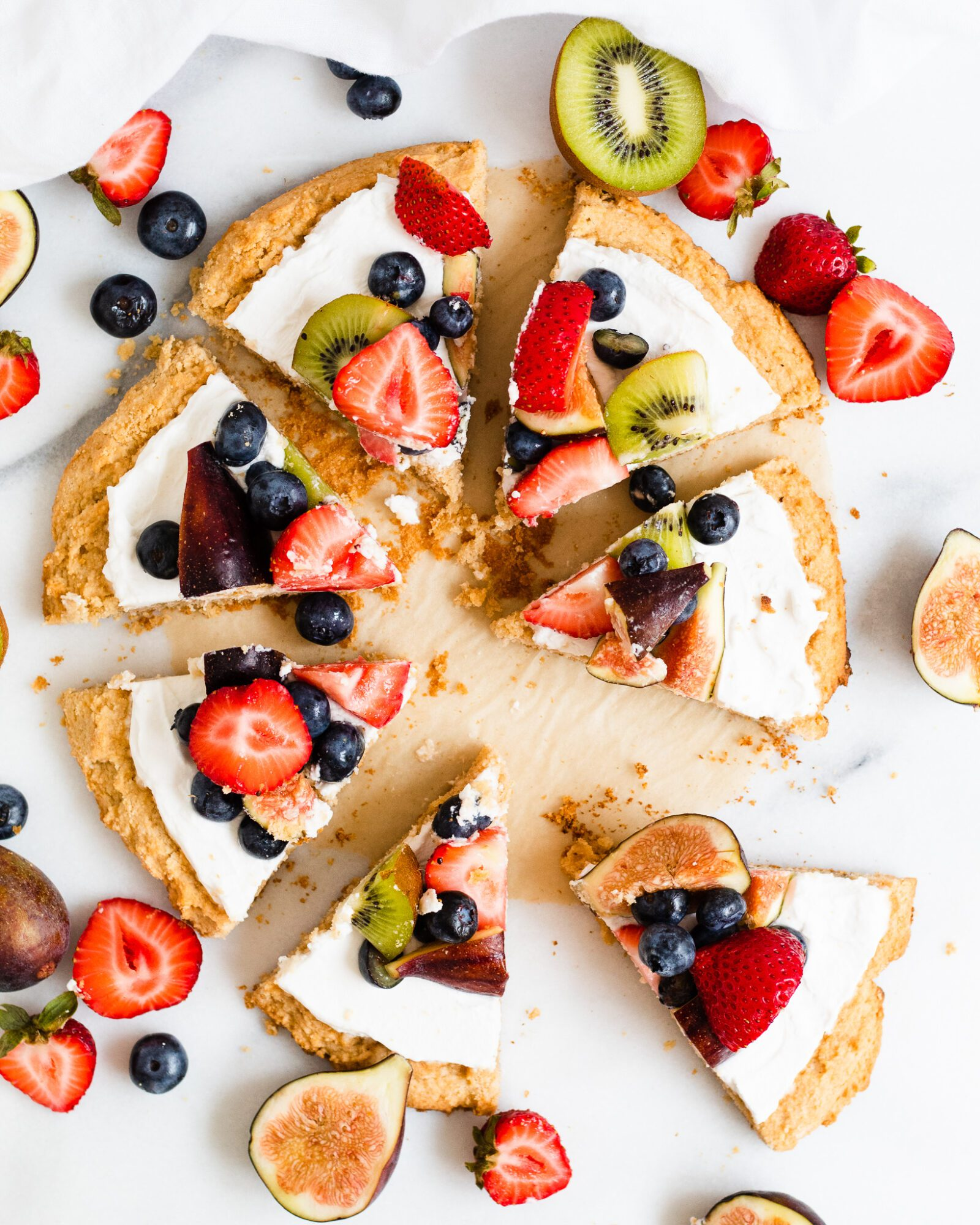 slices of healthy fruit pizza