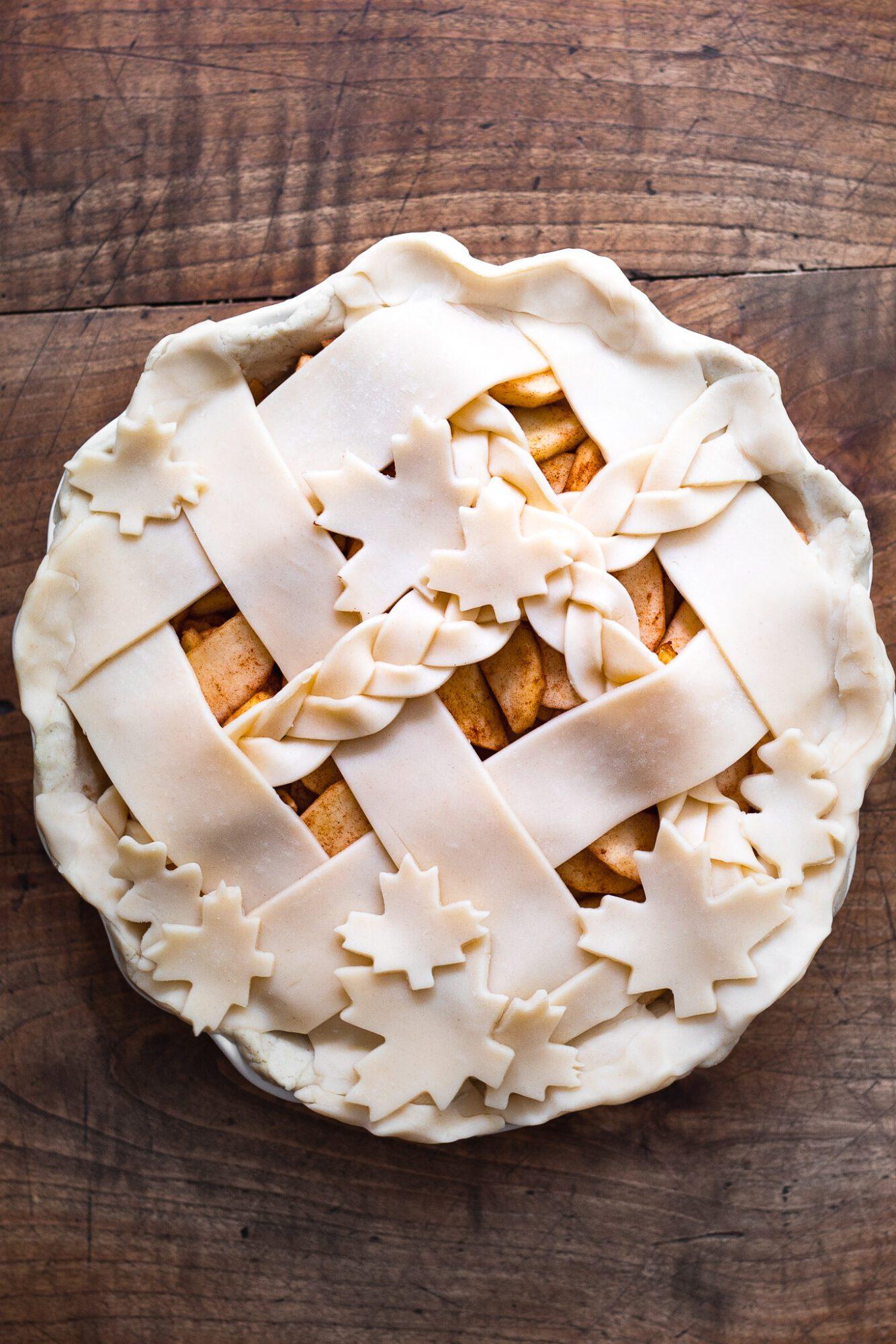 pie lattice before baking