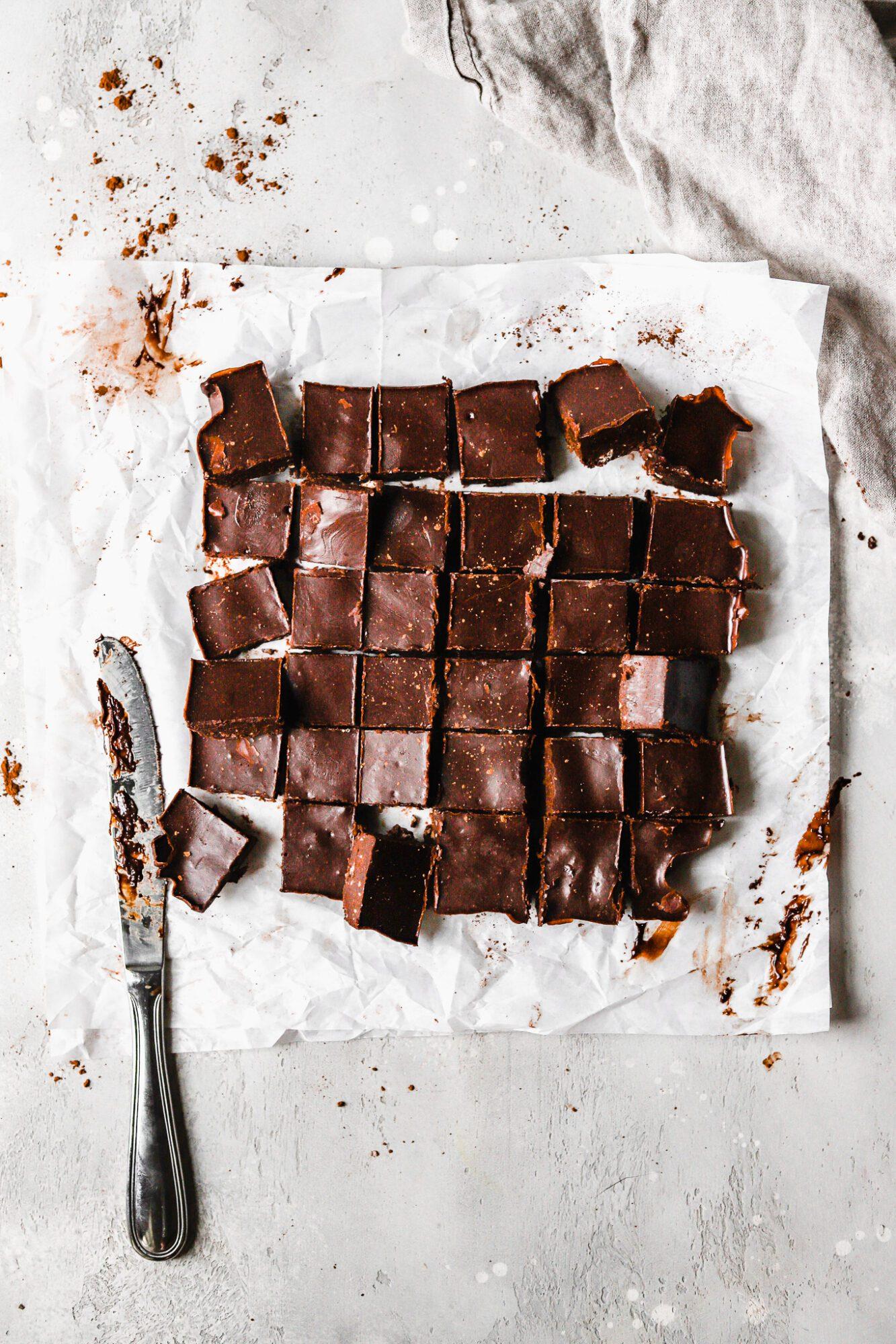 sliced chocolate vegan fudge
