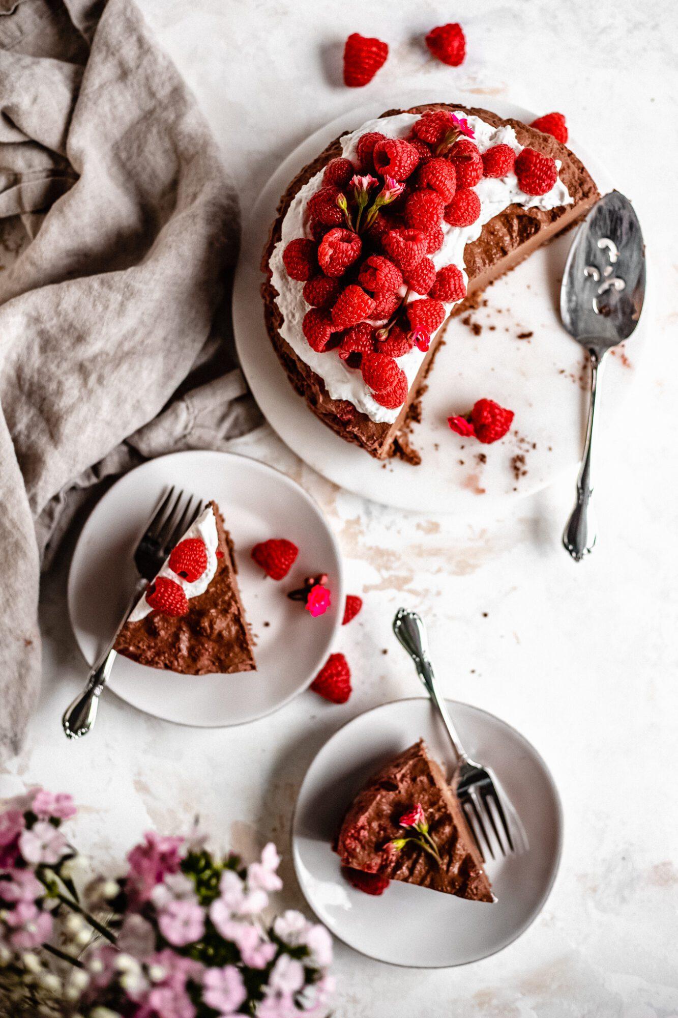 slices of raspberry cheesecake