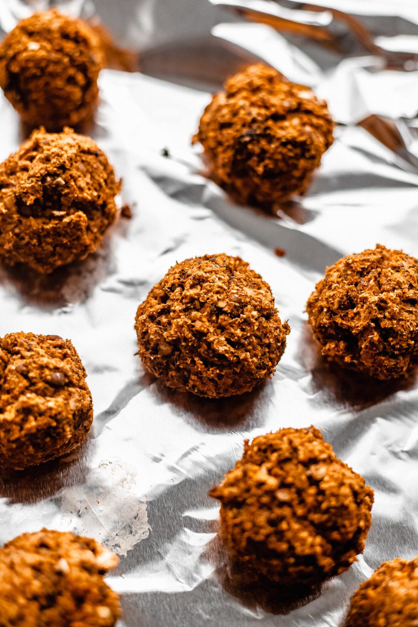 baked vegan meatballs