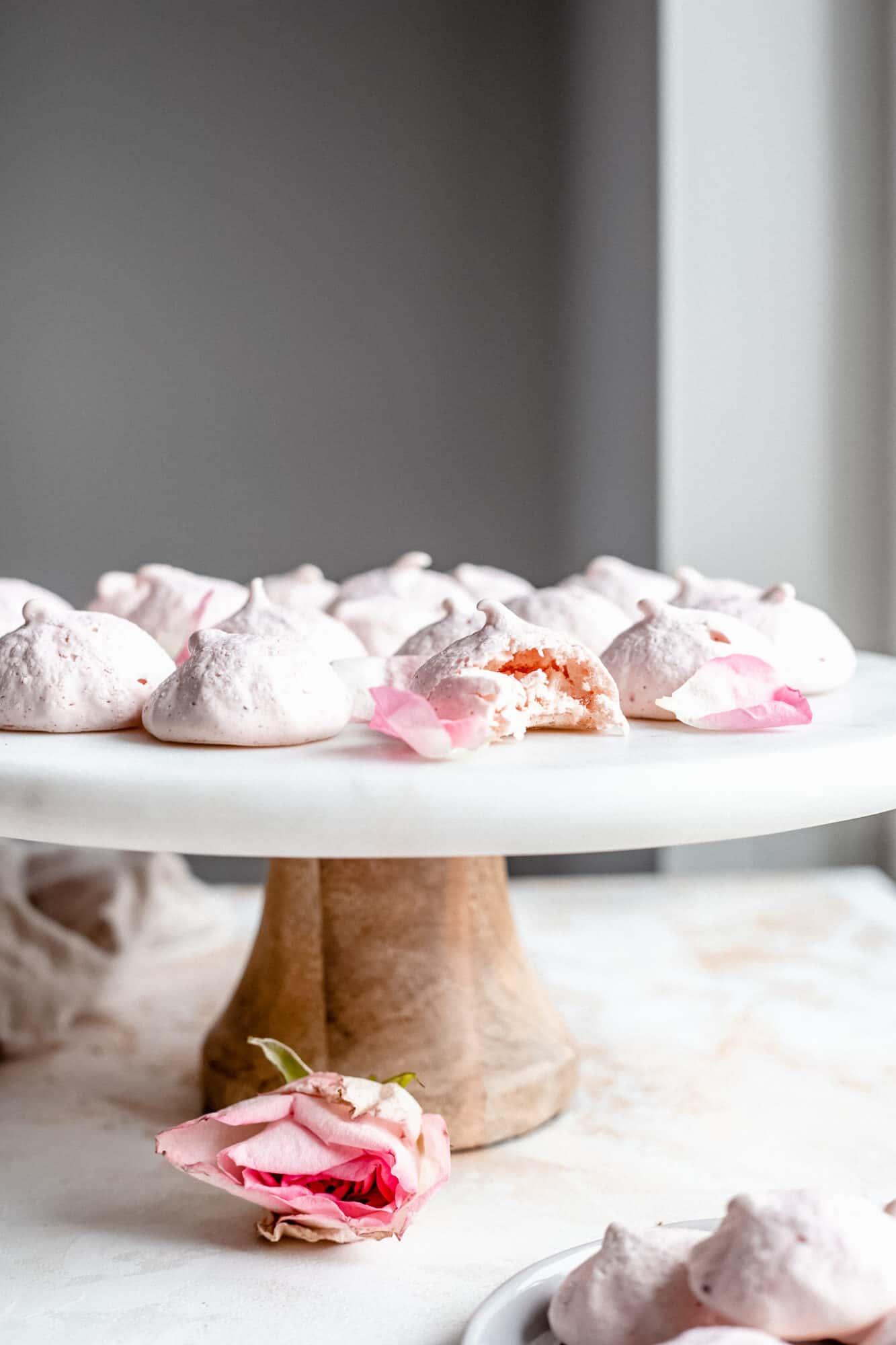 bitten meringue cookies