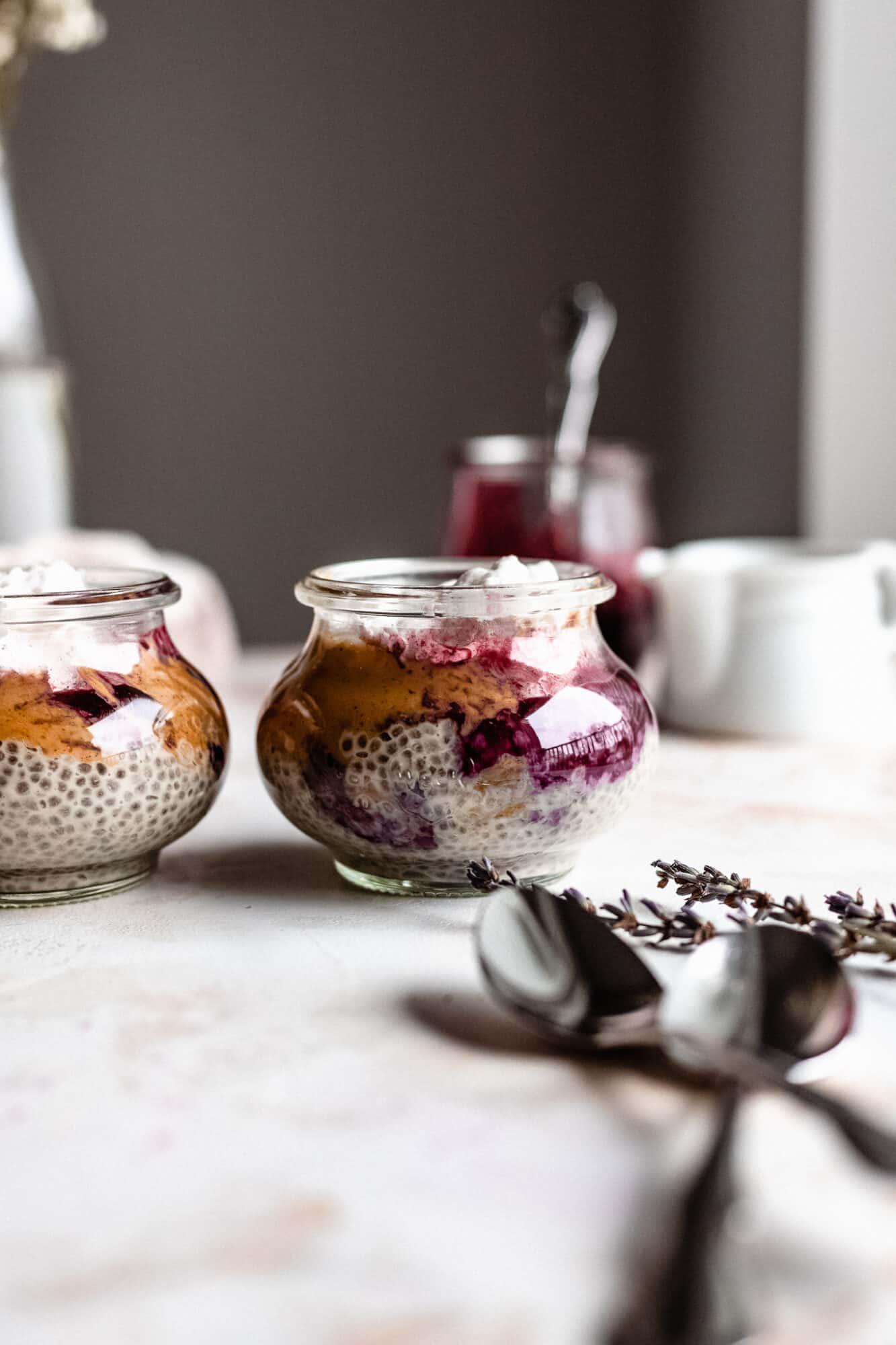 jars of chia pudding