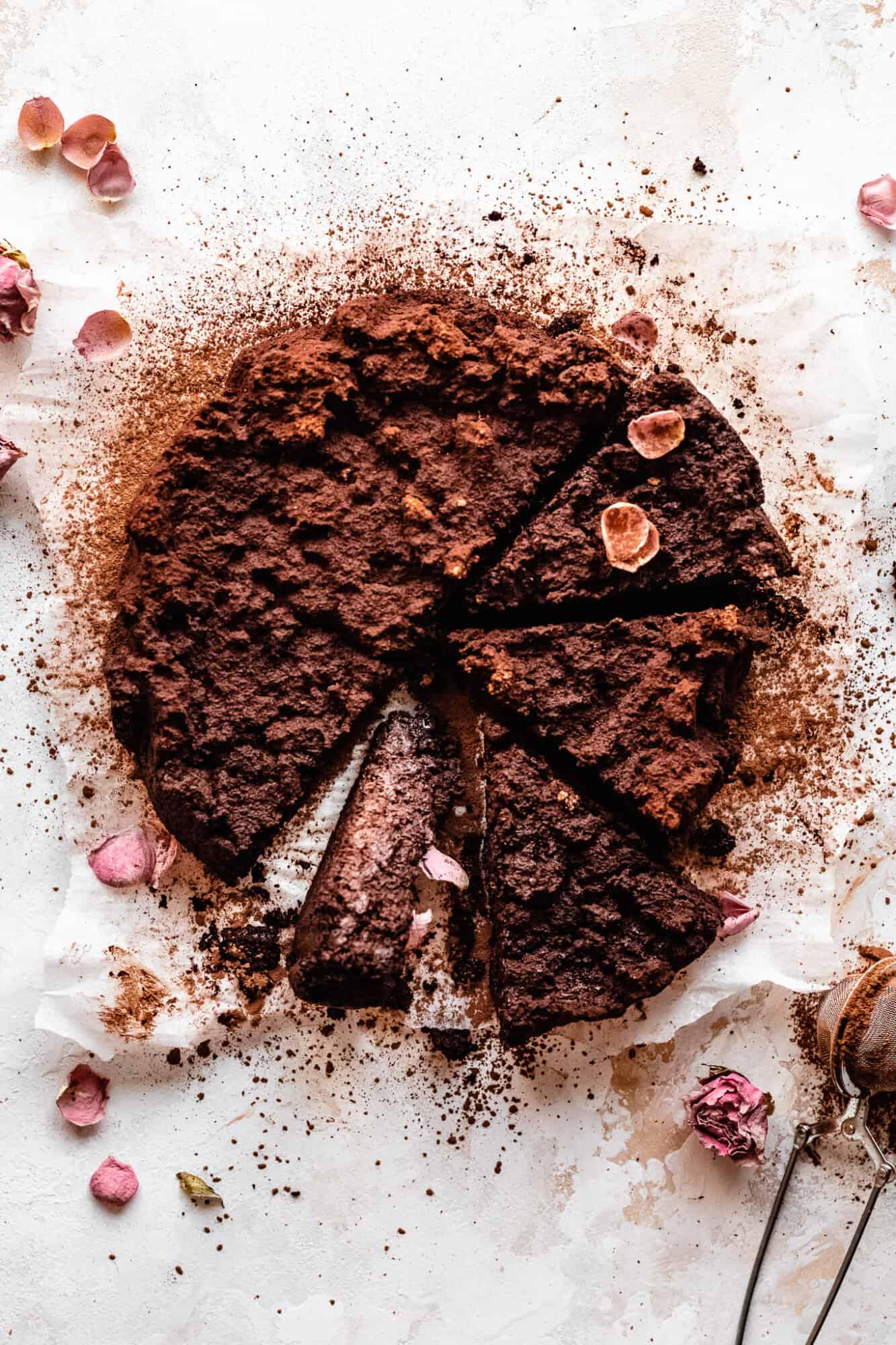 paleo vegan flourless chocolate cake