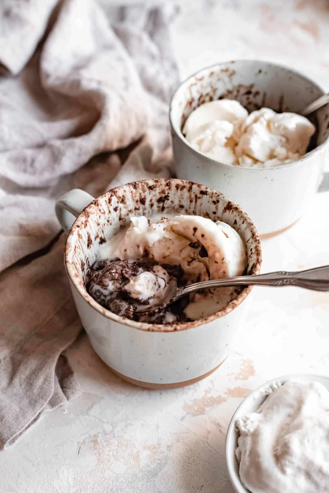 Healthy Vegan Chocolate Mug Cake Sugar Free Gf The Banana Diaries