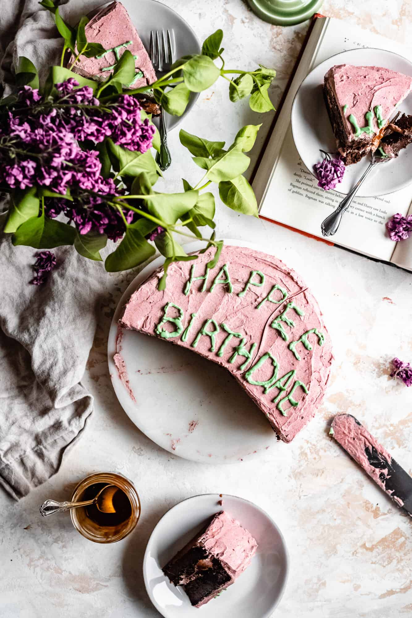 overhead of harry potter birthday cake