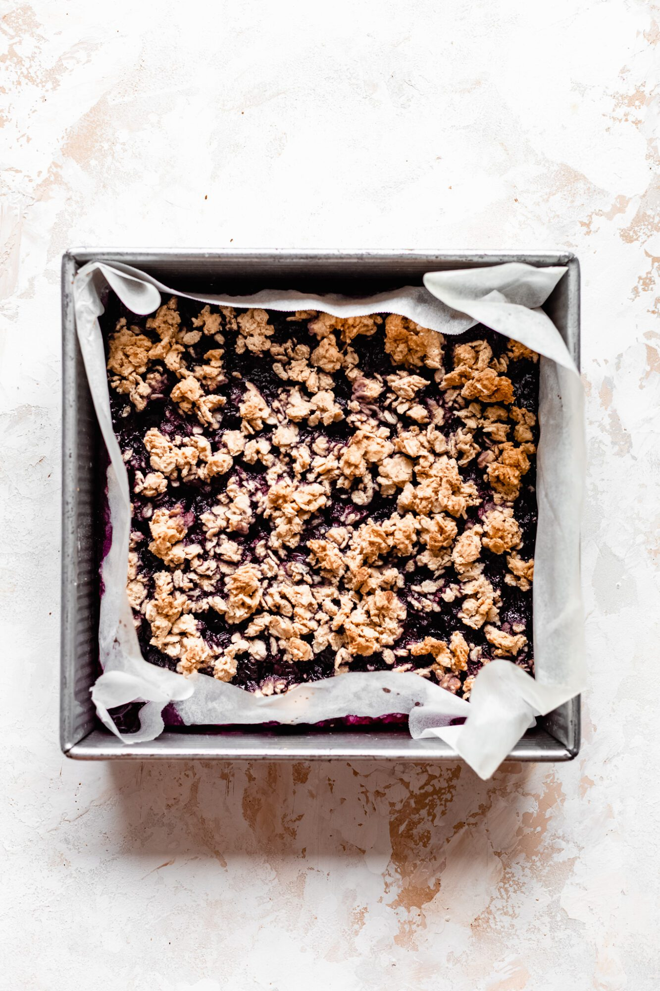 baked healthy blueberry crumble bars