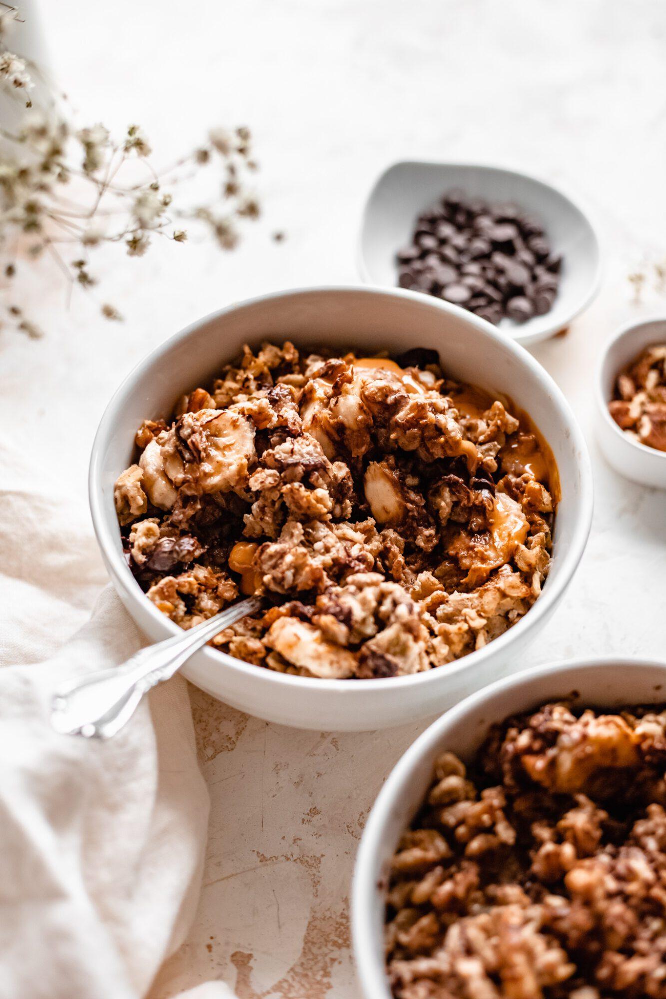 mixed oatmeal bowls